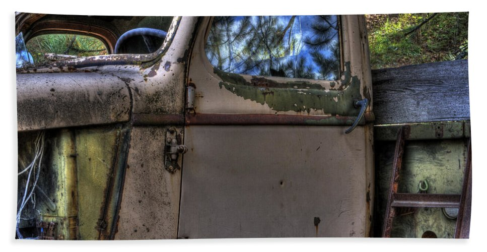 Hand Towel featuring the photograph Wrecking Yard Study 4 by Lee Santa