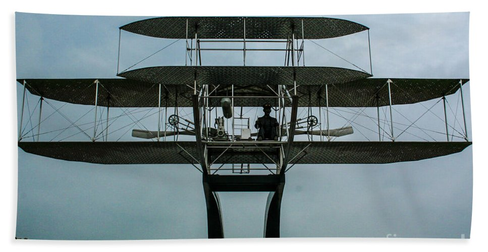 Wright Flyer Memorial Bath Sheet featuring the photograph Wright Flyer Memorial Dayton by Tommy Anderson
