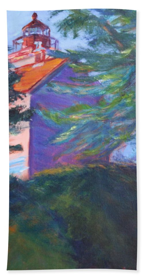 Quin Sweetman Hand Towel featuring the painting Yaquina Bay Lighthouse by Quin Sweetman