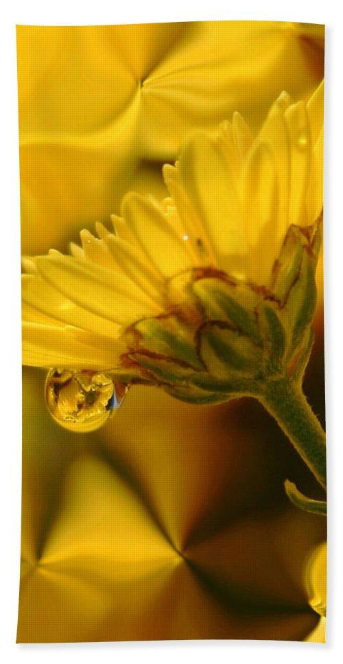 Flowers Bath Towel featuring the photograph Yellow Drip by Linda Sannuti