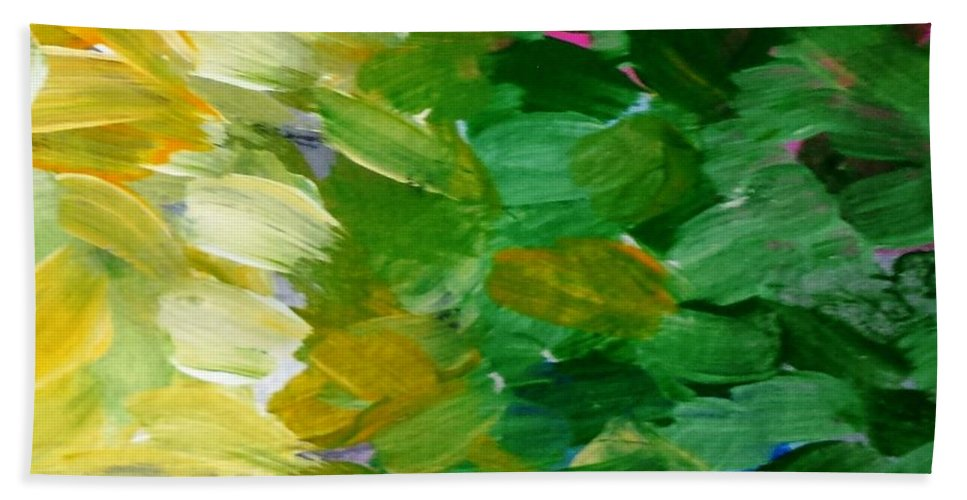 Abstract Bath Sheet featuring the painting Yellow Green - Abstract by Vesna Antic