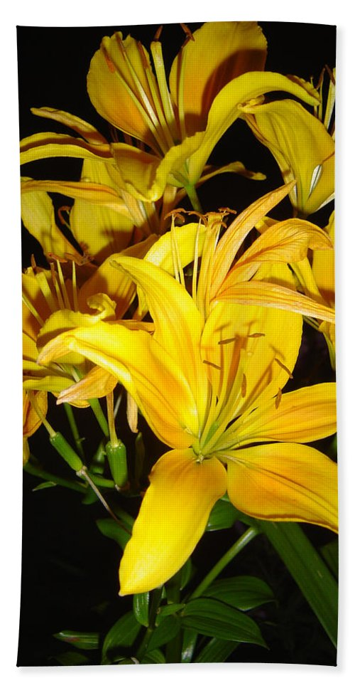 Yellow Lilies Bouquet Bath Towel featuring the photograph Yellow Lilies by Joanne Smoley