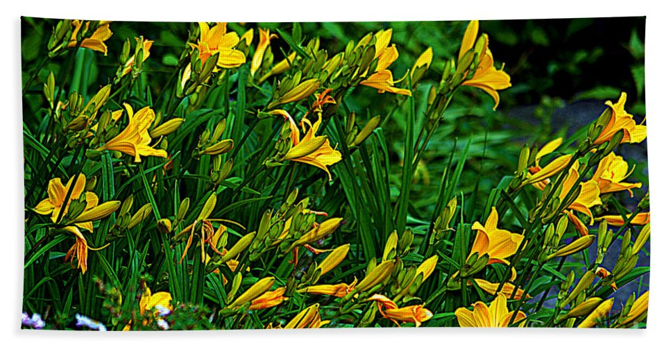 Yellow Lily Flowers Bath Sheet featuring the photograph Yellow Lily Flowers by Susanne Van Hulst