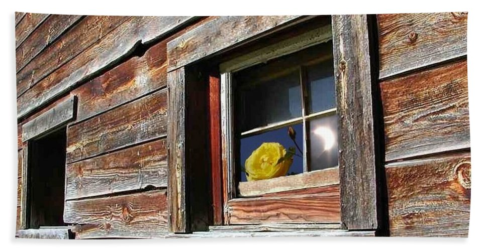 Barn Hand Towel featuring the digital art Yellow Rose Eclipse by Tim Allen