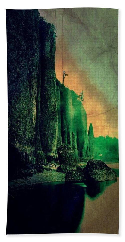 Yosemite Bath Sheet featuring the digital art Yosemite Park by Jean-baptiste Ols