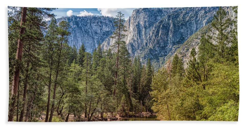 Landscape Bath Sheet featuring the photograph Yosemite Valley by John M Bailey