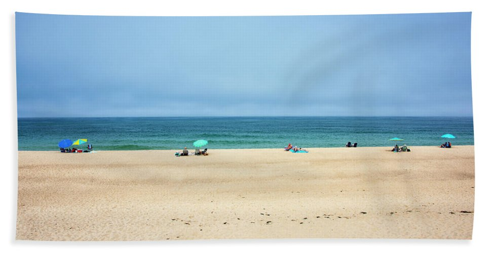 Ballston Beach Bath Towel featuring the photograph Ballston Beach - Truro Massachusetts by Brendan Reals