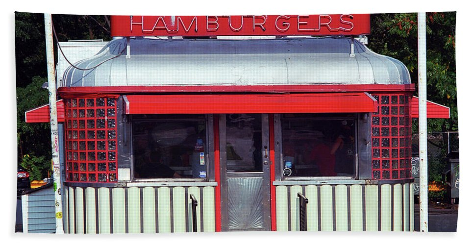 America Bath Towel featuring the photograph Hackensack, Nj - Burger Joint 2018 #2 by Frank Romeo