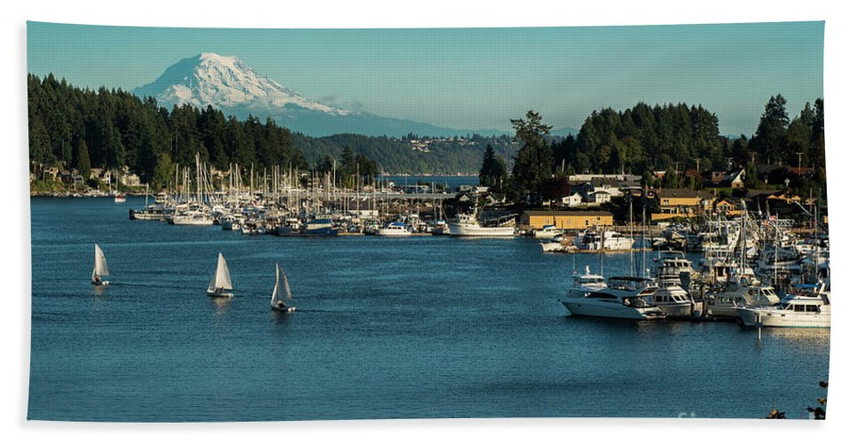 Sailboats At Gig Harbor Marina With Mount Rainier In The Background Bath Towel featuring the photograph Sailboats At Gig Harbor Marina With Mount Rainier In The Background by Yefim Bam
