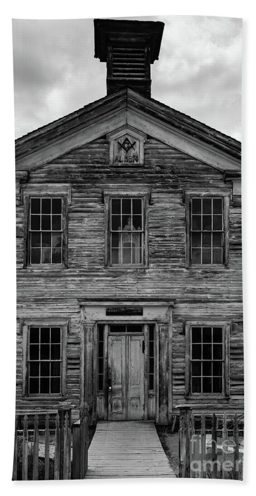 School Bath Towel featuring the photograph Abandoned Western Ghost Town School House Bannack Montana by Edward Fielding