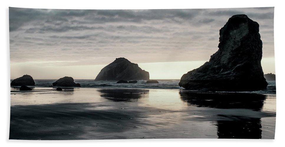 Bandon Beach Bath Towel featuring the photograph Bandon Beach Sunset 1 by Jim Thompson