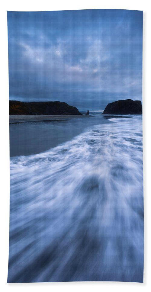 Blue Hour Hand Towel featuring the photograph Bandon Blues With Moon by Darren White