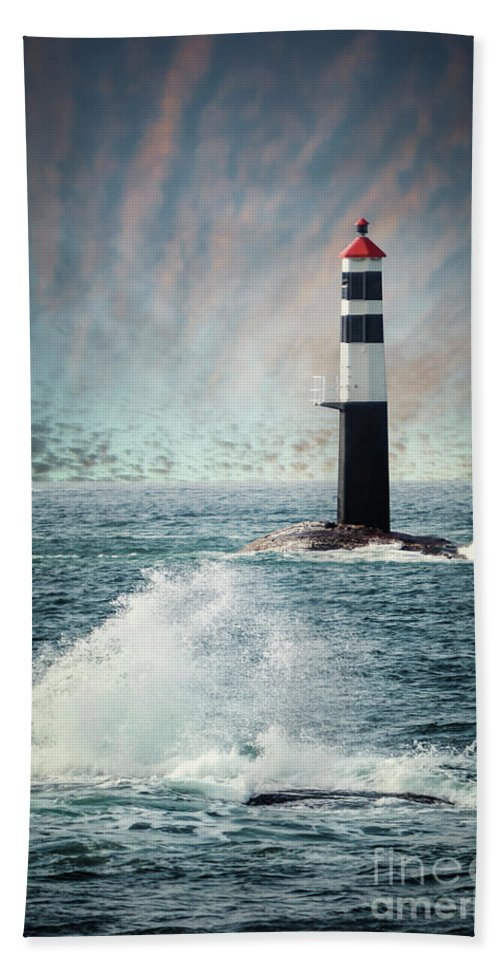 Kremsdorf Hand Towel featuring the photograph Beyond The Northern Waves by Evelina Kremsdorf