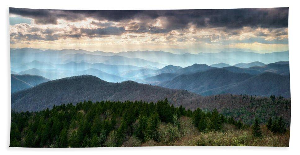 Blue Ridge Mountains Asheville Nc Scenic Light Rays Landscape Photography Bath Towel