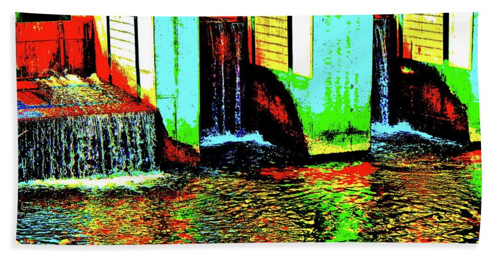 Landscape Bath Sheet featuring the photograph Canton Central 9 by George Ramos