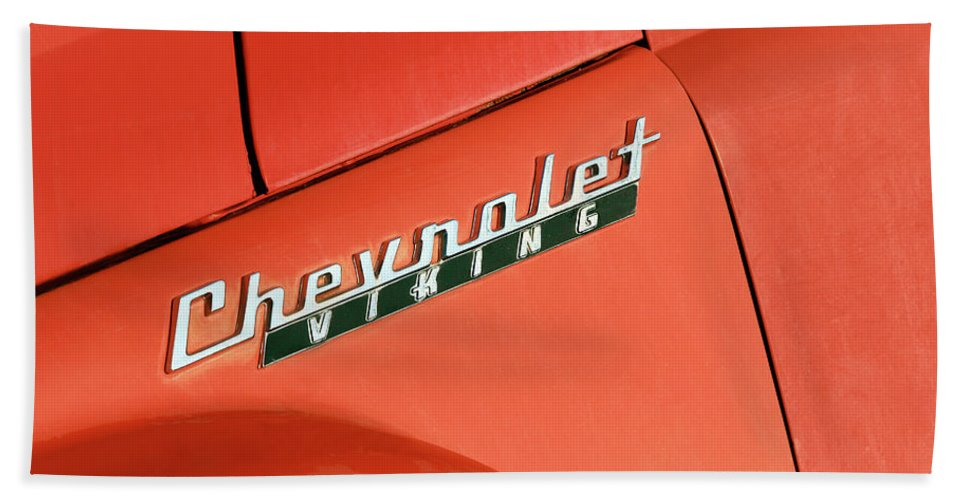 Chevrolet Viking Bath Towel featuring the photograph Chevrolet Viking by Todd Klassy