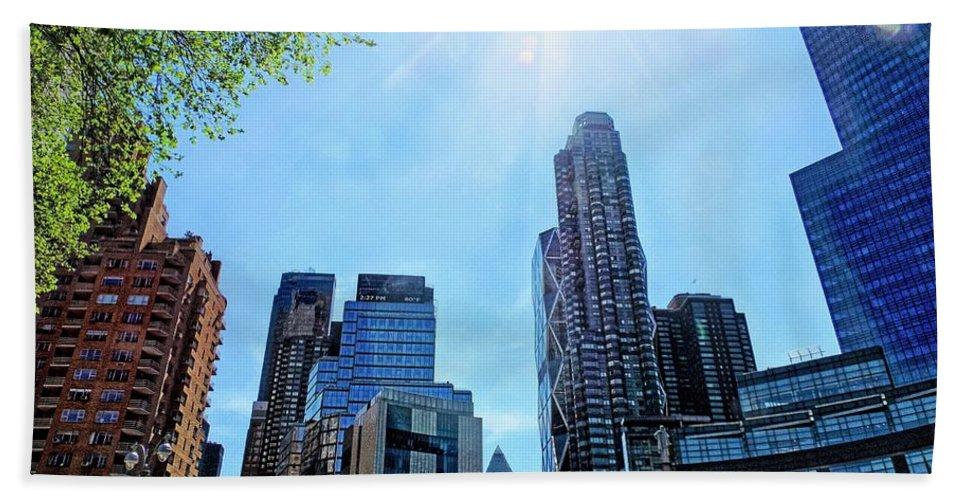 Columbus Bath Sheet featuring the photograph Columbus Circle At Mid Day by Doug Swanson