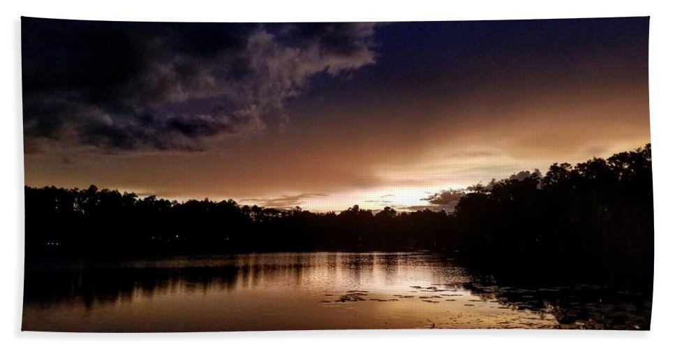 Sunset Bath Towel featuring the photograph Dark Reflections by Shena Sanders