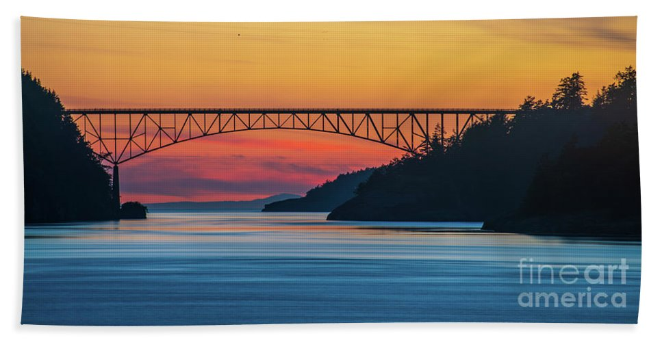 Washington State Hand Towel featuring the photograph Deception Pass Bridge Evening Colors by Mike Reid