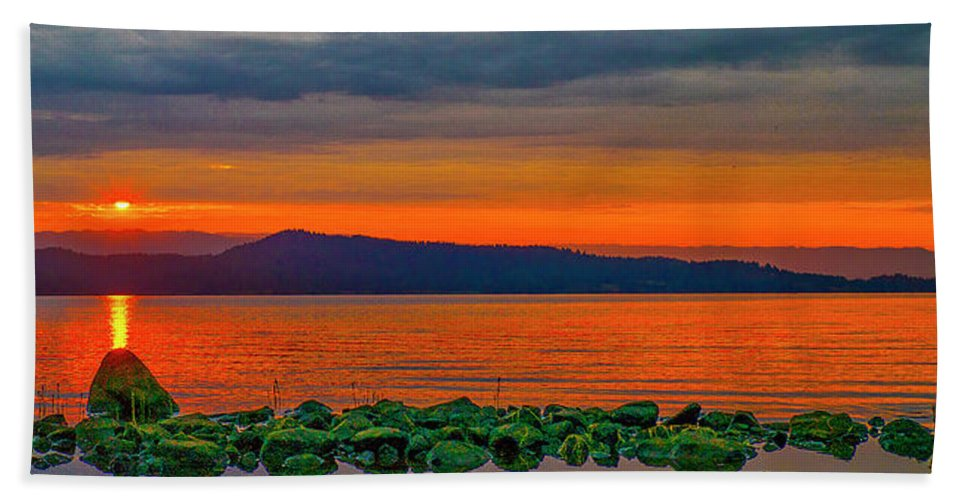 Lake Hand Towel featuring the photograph Fire Rock by Tom Gresham