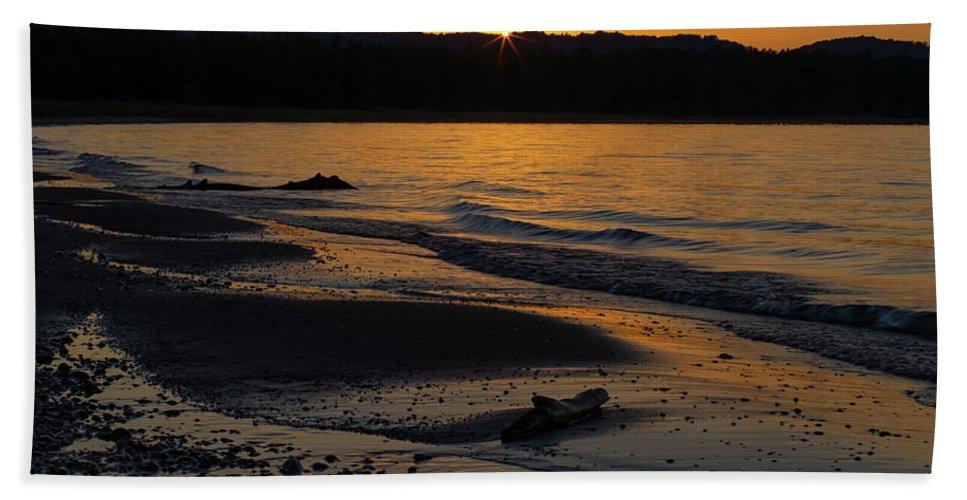 Sleeping Bath Towel featuring the photograph Good Harbor Bay Sunset by Heather Kenward