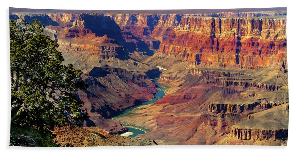 Grand Canyon Bath Towel featuring the photograph Grand Canyon Sunset by Robert Bales