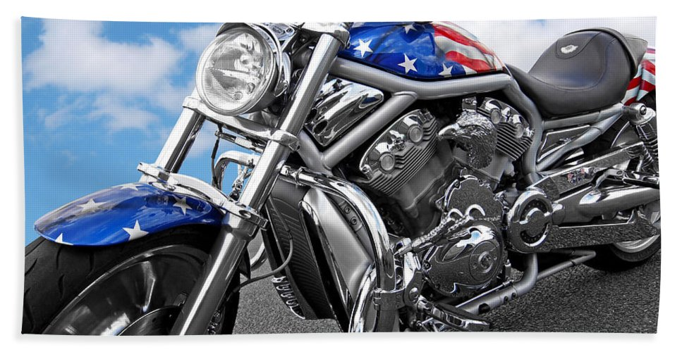 Harley Davidson Motorcycle Hand Towel featuring the photograph Harley Davidson Screamin Eagle With Us Flag by Gill Billington