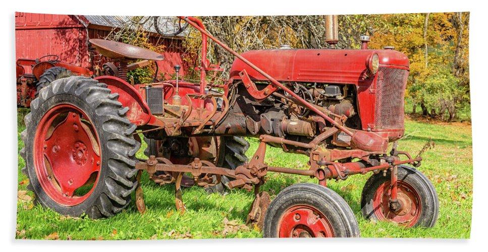 International Harvester Bath Towel featuring the photograph International Harvester F-cub Vintage Tractor by Edward Fielding