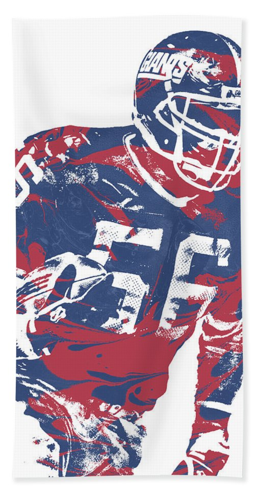 Lawrence Taylor Bath Towel featuring the mixed media Lawrence Taylor New York Giants Pixel Art 5 by Joe Hamilton
