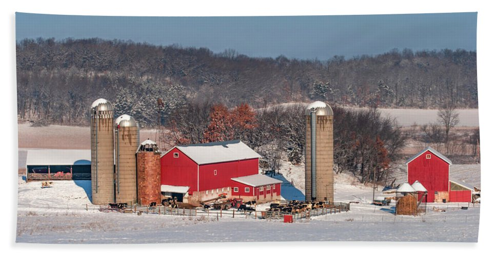 Dairy Farm Bath Towel featuring the photograph Midwestern Dairy by Todd Klassy