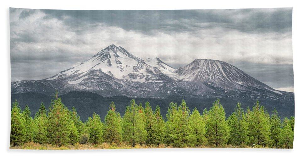California Hand Towel featuring the photograph Mount Shasta by Jim Thompson