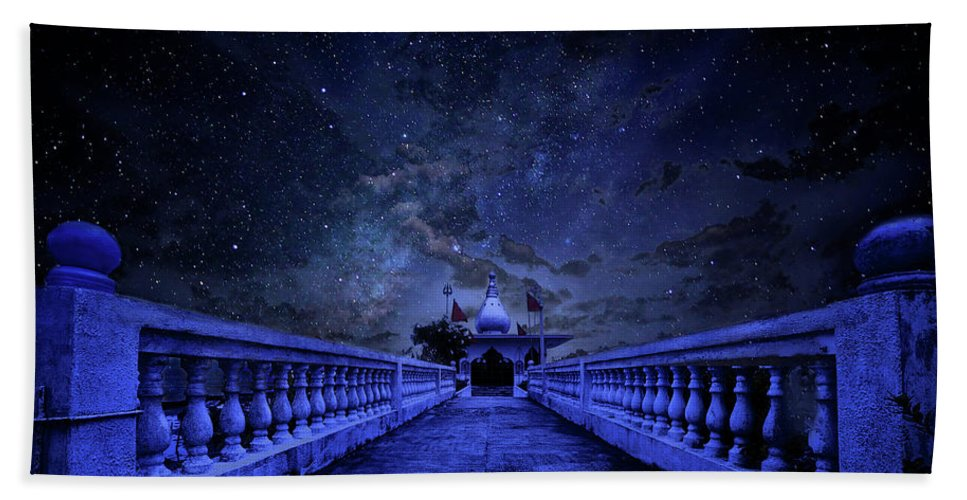 Trinidad Bath Towel featuring the photograph Night Sky Over The Temple by Trinidad Dreamscape