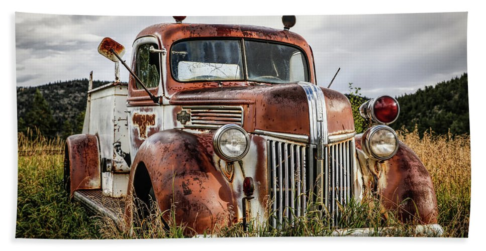Firetruck Bath Sheet featuring the photograph Old Fire Truck In The Mountains by Lynn Sprowl