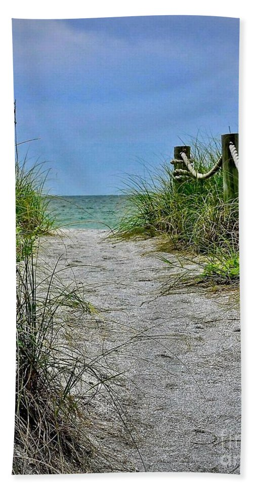 Beach Bath Sheet featuring the photograph Pathway To The Beach by Carol Bradley
