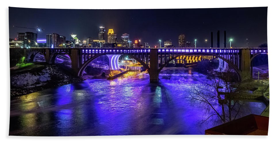 10th Ave. Bath Towel featuring the photograph Prince Memorial Bridge Lighting by Joel Friedman