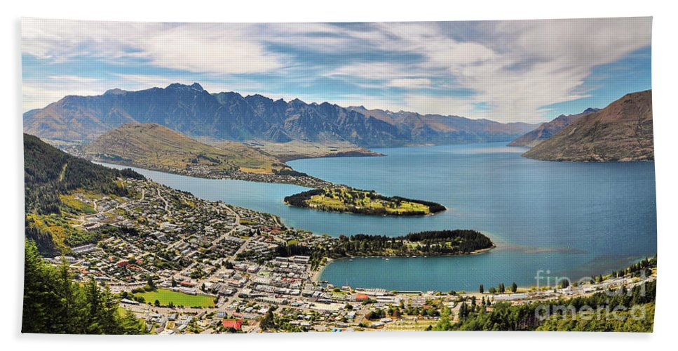 New Zealand Hand Towel featuring the photograph Queenstown by Delphimages Photo Creations