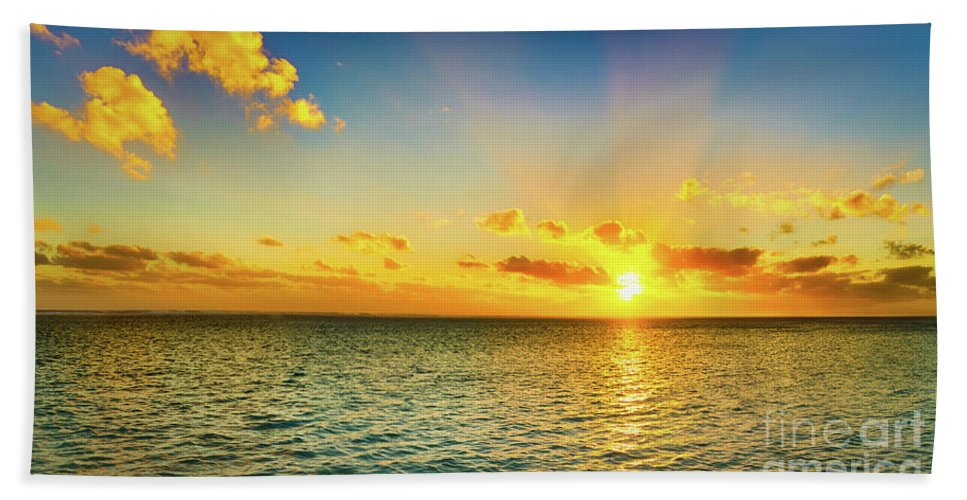 Panorama Bath Towel featuring the photograph Seascape At Sunset. Panorama by MotHaiBaPhoto Prints