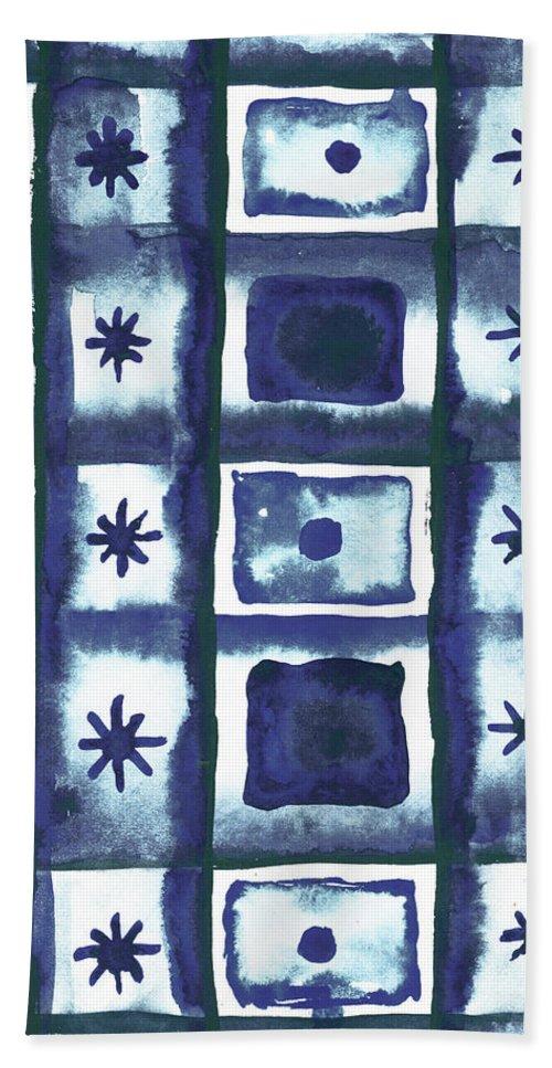 Shibori Bath Towel featuring the mixed media Shibori Box Pattern I by Elizabeth Medley