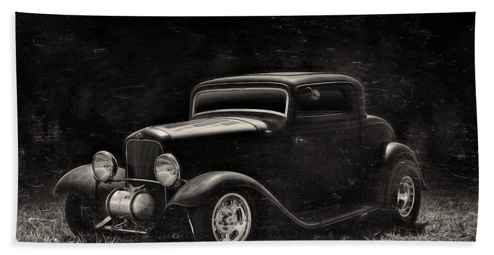 Ford Hand Towel featuring the digital art The Deuce by Douglas Pittman