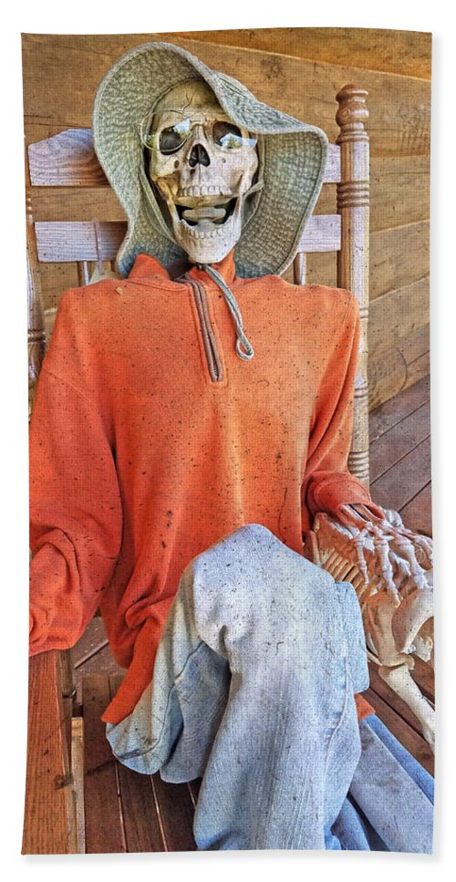 Skeleton Bath Towel featuring the photograph The Greeter by Betsy Knapp