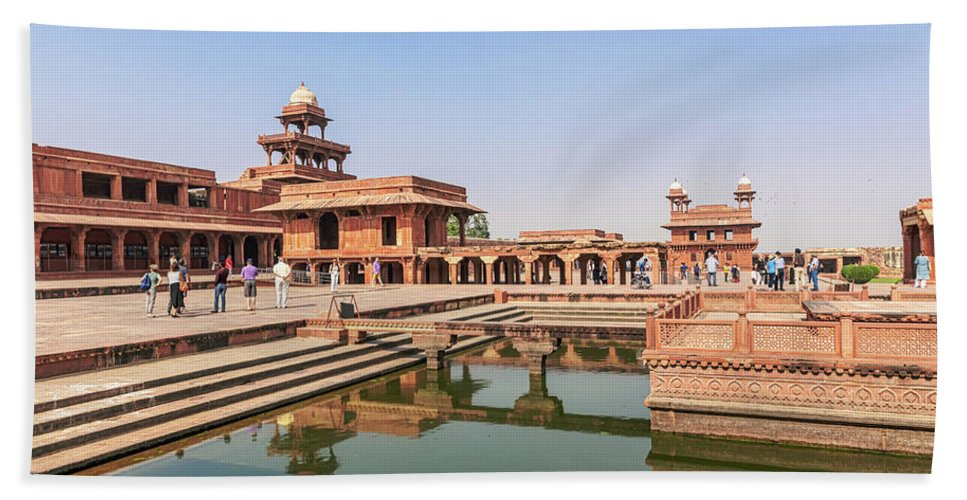 Built By Great Mughal Emperor Akbar At Late 16th Century Bath Towel featuring the photograph The Panch Mahal, Royal Palace, Fatehpur Sikri, Agra, India by Marek Poplawski