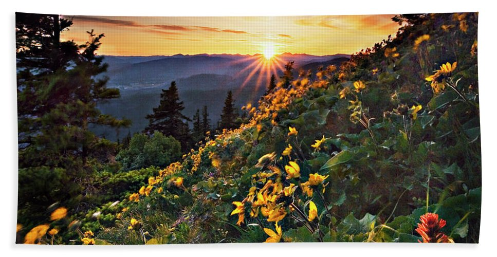 Balsamroot Bath Towel featuring the photograph Twilight Of The Balsamroot by John Christopher