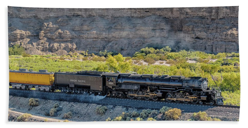 Afton Canyon Bath Towel featuring the photograph Up4014 Big Boy 1 by Jim Thompson