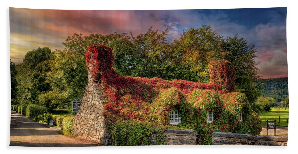 Sunset Hand Towel featuring the photograph Welsh Tea Room Llanrwst by Adrian Evans