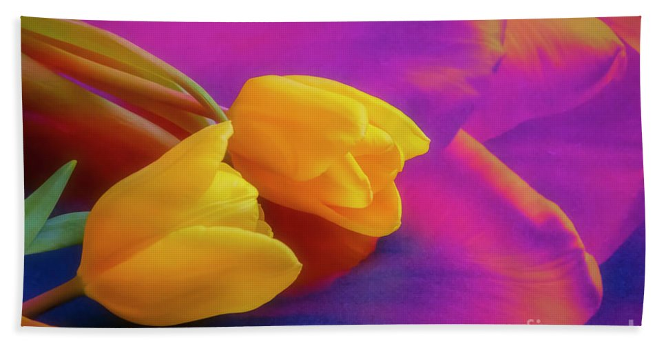 Tulip Bath Towel featuring the photograph Yellow Tulips 2 by Veikko Suikkanen
