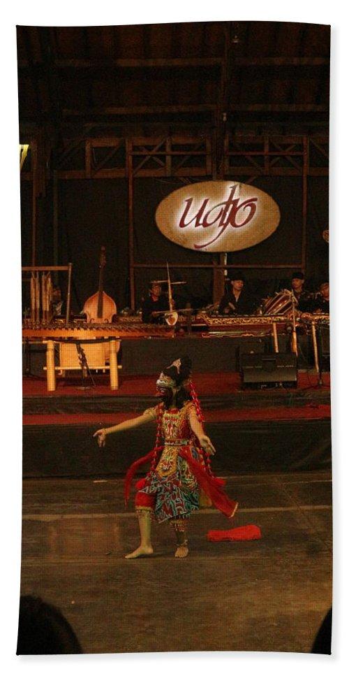 Dance Bath Towel featuring the photograph Mask Dance by Lingga Tiara Setiadi