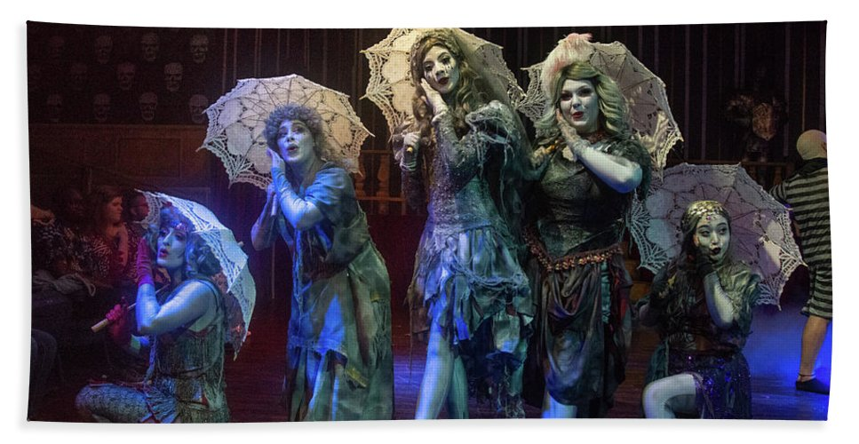 Adams Family Bath Towel featuring the photograph Adams Family the Ancestors by Alan D Smith