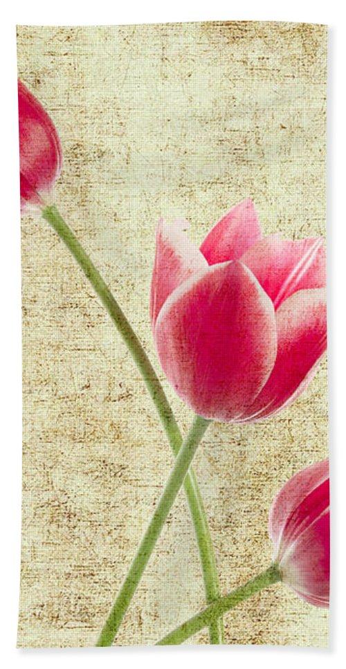 Summer Bath Towel featuring the digital art Tulips Vintage by Mark Ashkenazi