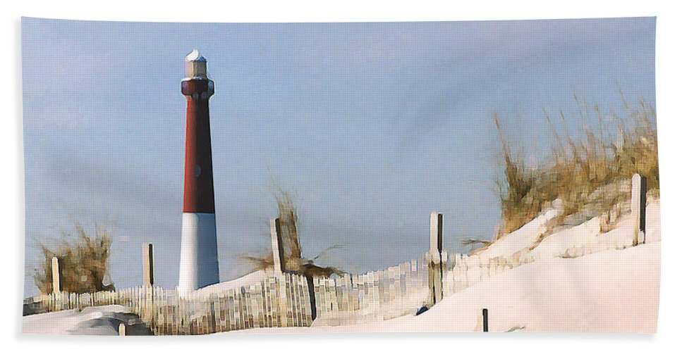 Barnegat Hand Towel featuring the photograph Barnegat Lighthouse by Steve Karol