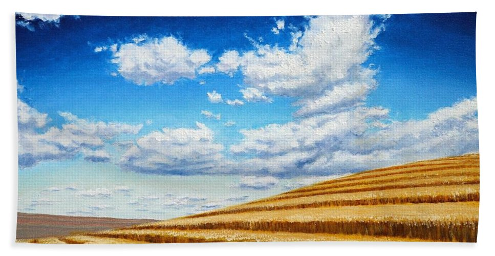 Palouse Hand Towel featuring the painting Clouds on the Palouse near Moscow Idaho by Leonard Heid